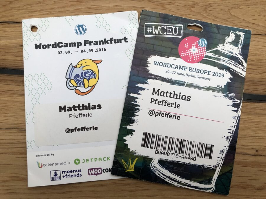 WordCamp Badges mit Twitter Handle und ohne Blog-URL